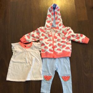 Cat & Jack outfit in excellent condition!